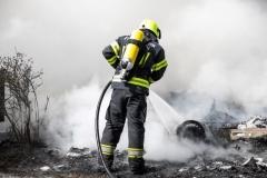 Feuerwehrmann mit Atemschutz